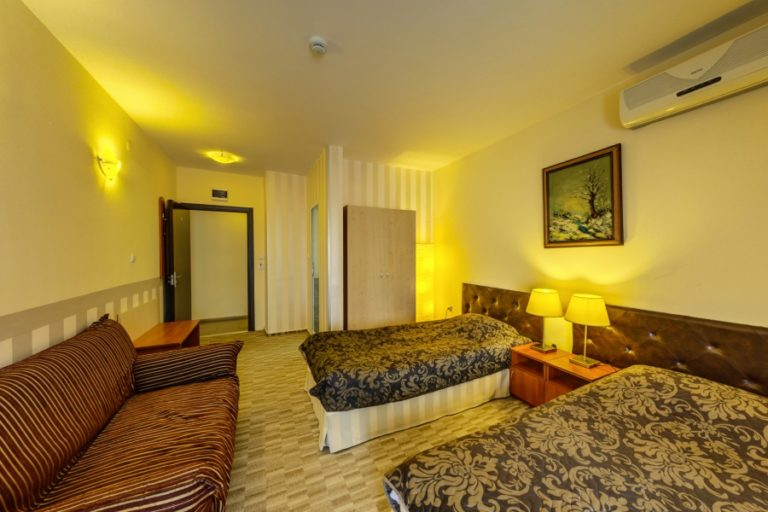 Cheap hotel sofia bulgaria city holidays for Luxury hotel for cheap